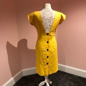 Amazing vintage linen 60s back button dress!